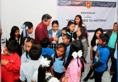 Realizan en Tuxtla el primer recorrido cívico histórico del Ayuntamiento con alumnos de escuelas primarias